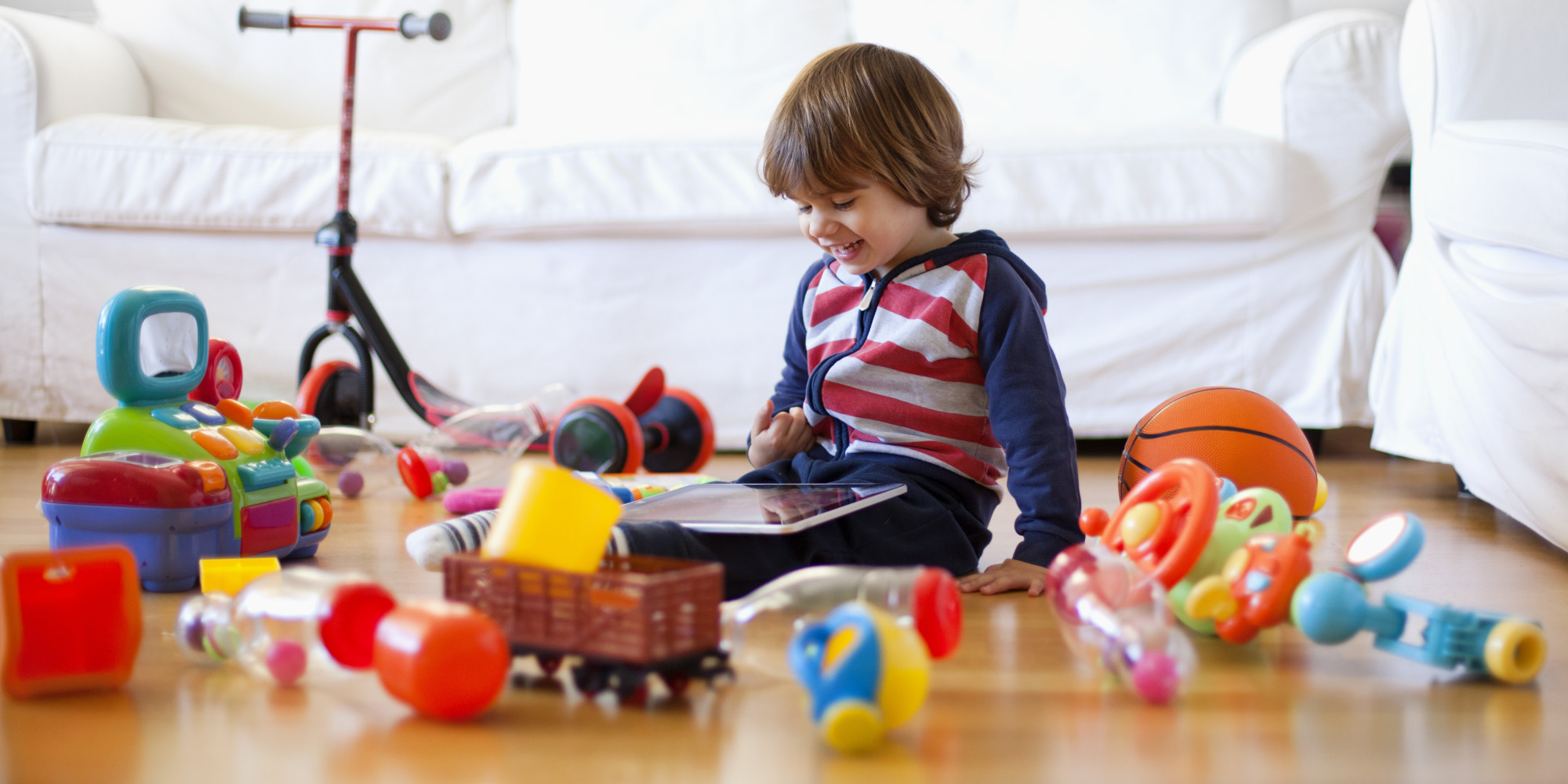 kids playing toys